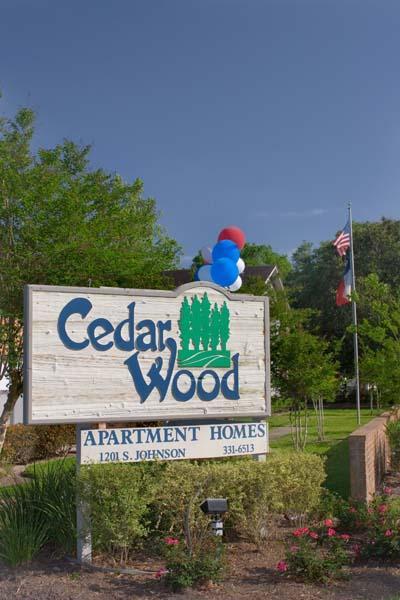 Cedar Wood ApartmentsAlvinTX