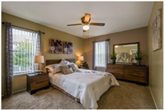 Bedroom at Listing #140956