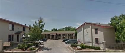 Casa De Arroyo Apartments Dallas TX