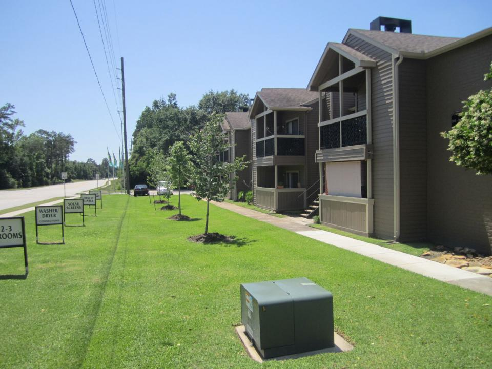 Gladstell Forest Apartments Conroe, TX