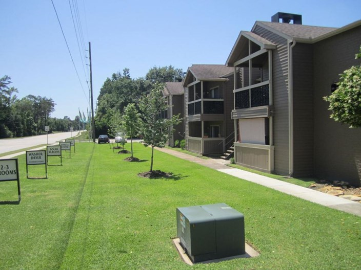 Gladstell Forest Apartments