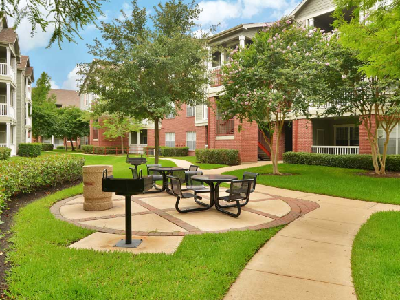 Picnic Area at Listing #138763