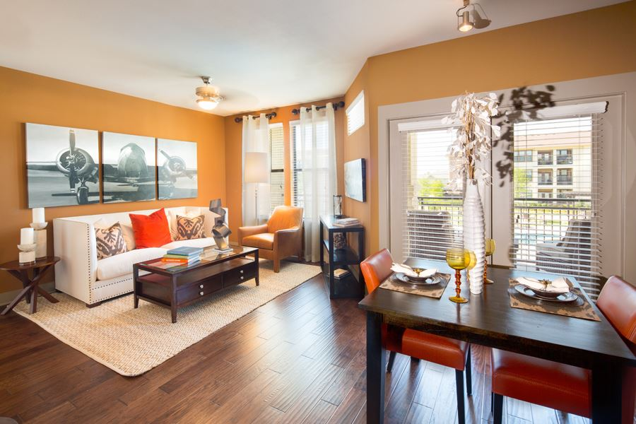 Living/Dining at Listing #225971