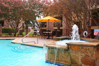 Pool at Listing #136425