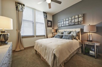 Bedroom at Listing #147783