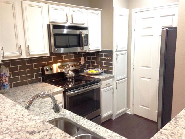 Kitchen at Listing #137879