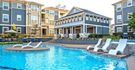 Pool at Listing #154060