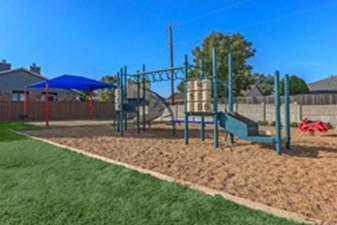 Playground at Listing #135808