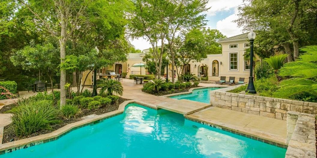 Vineyard Springs Apartments