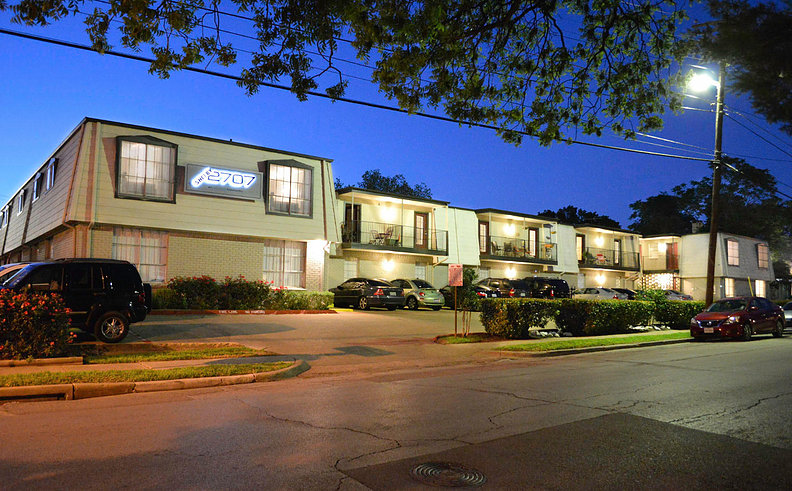 Shelby 2707 Apartments