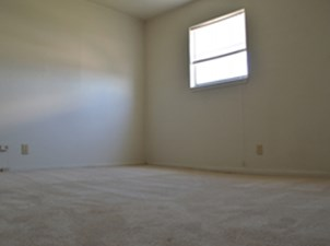 Bedroom at Listing #255532