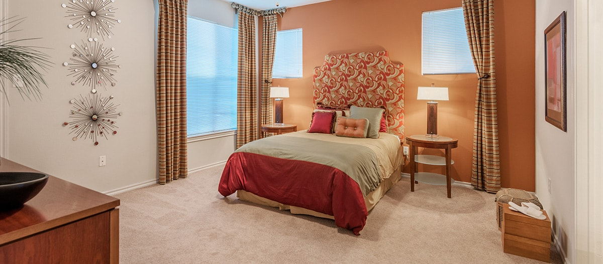 Bedroom at Listing #137599