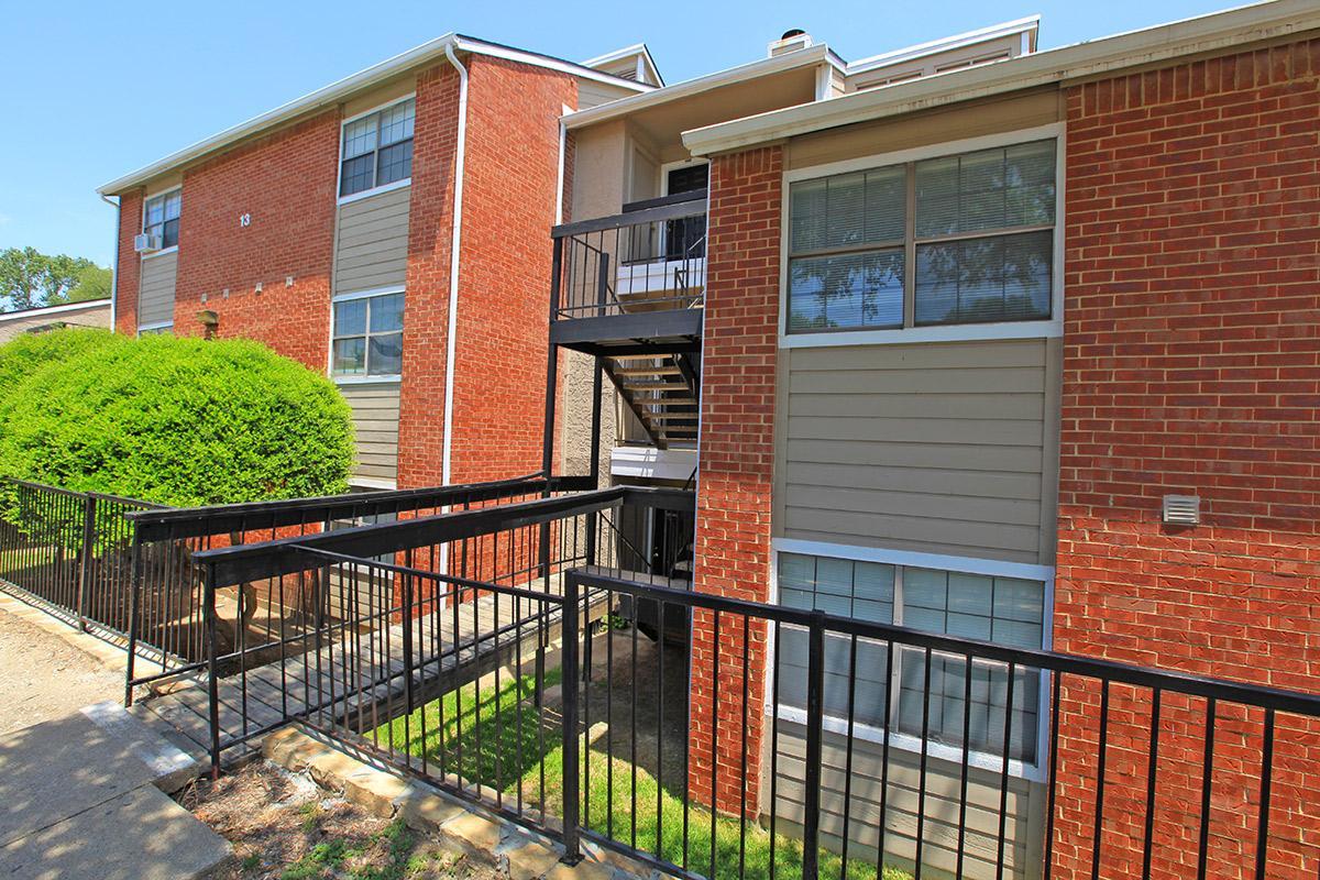 Paces Cove Apartments 75238 TX