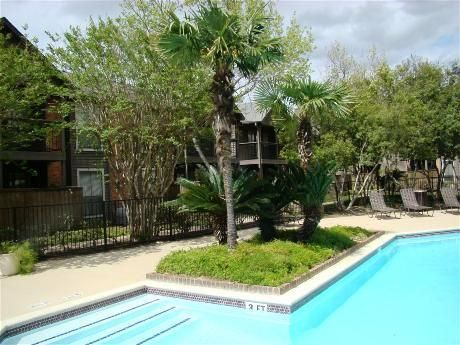 Broadmoor Apartments Houston TX