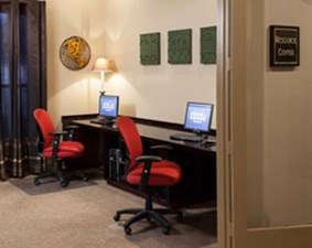 Business Center at Listing #137967