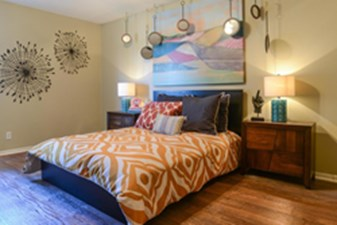 Bedroom at Listing #141307