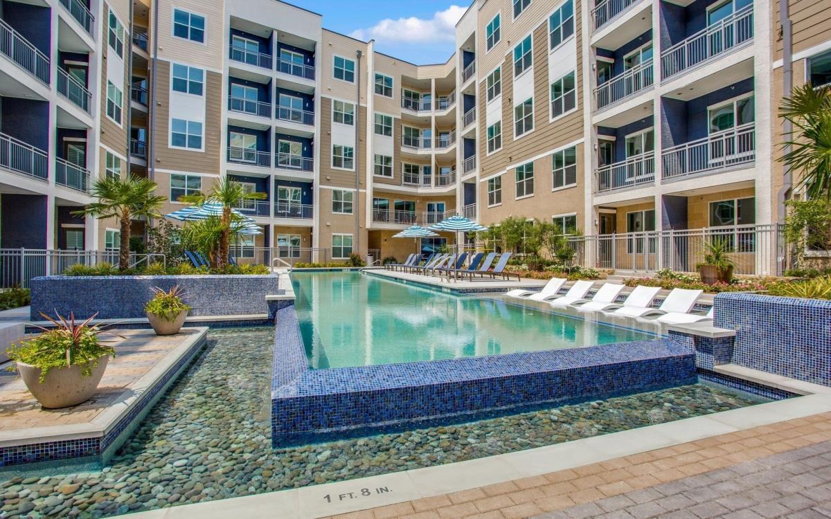 Pool at Listing #293034