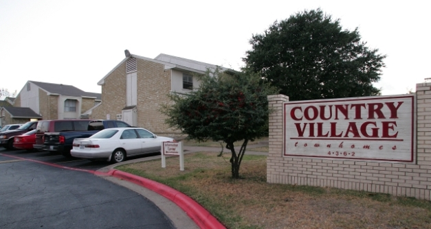 Country Village ApartmentsGarlandTX