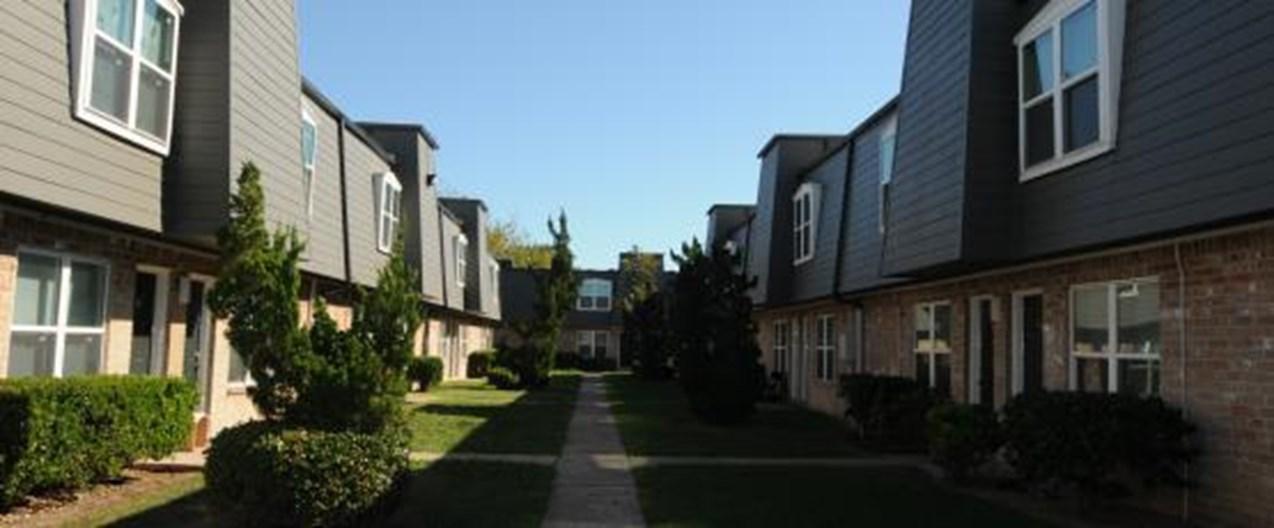 Cambridge Village Apartments