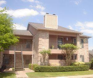 Fox Pointe Apartments Houston TX