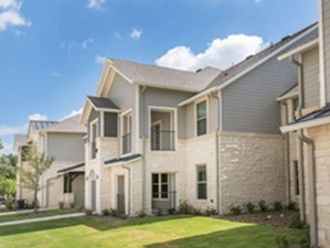 Exterior at Listing #307350
