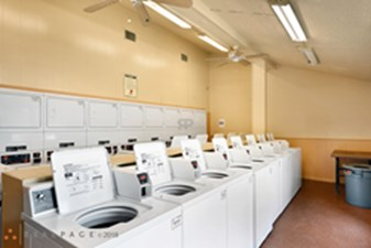 Laundry at Listing #141183