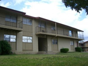 Exterior at Listing #213327