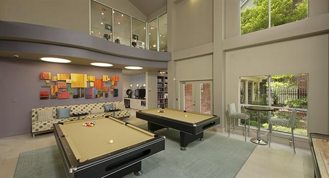 Gameroom at Listing #138766