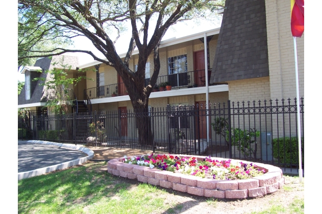 Hamilton Place Apartments San Antonio TX
