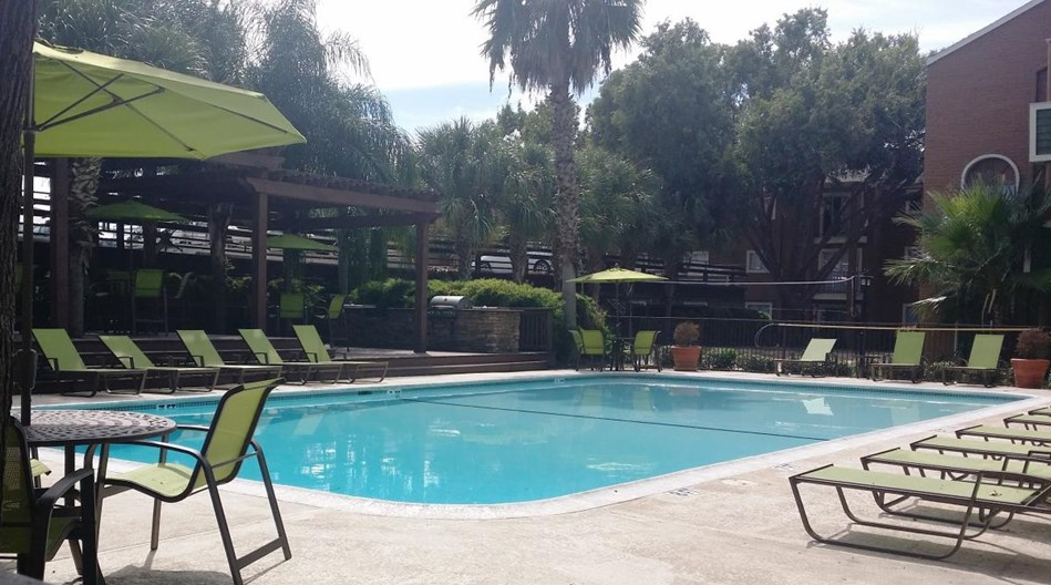 Palms on Westheimer Apartments