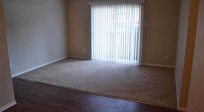 Living at Listing #213272