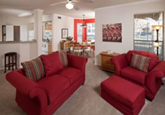 Living Area at Listing #137967