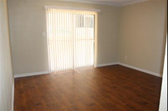 Living at Listing #135893