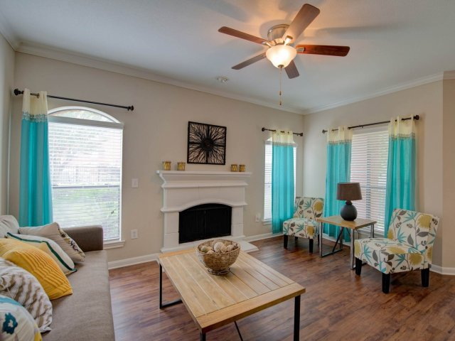 Living at Listing #138686