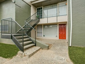 Exterior at Listing #137316