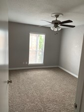 Bedroom at Listing #138501