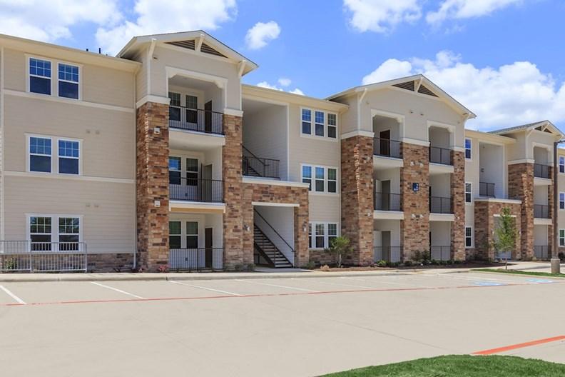 Parkdale Villas Apartments