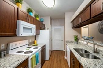 Kitchen at Listing #137710