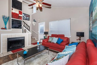 Living at Listing #135808