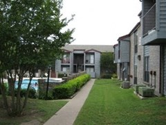 Longbranch Apartments Austin TX