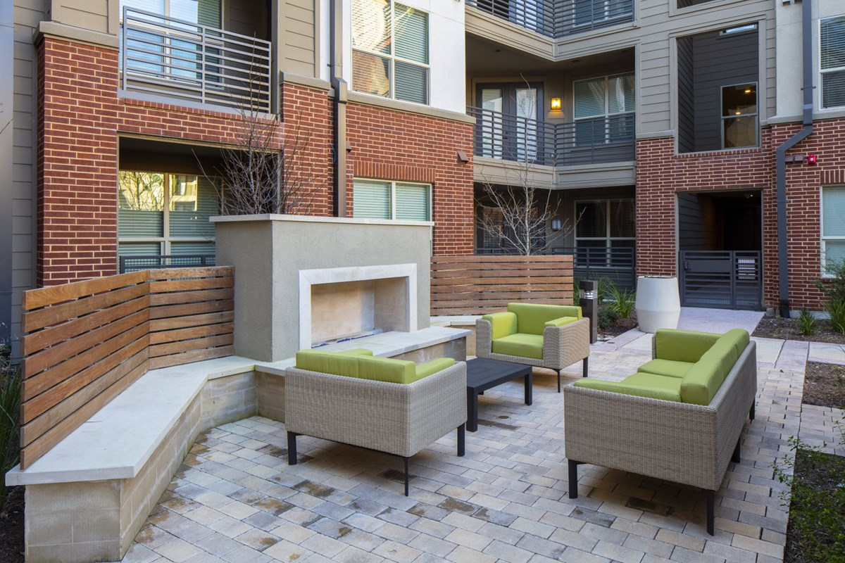 Fire Pit at Listing #279105