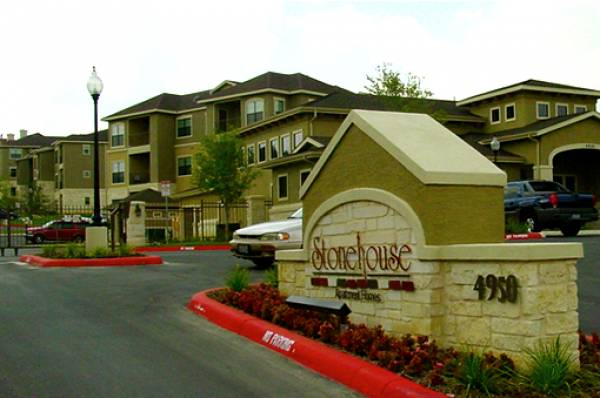 Stonehouse ApartmentsSan AntonioTX