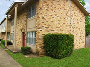 Exterior at Listing #136134