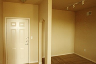 Living at Listing #150594