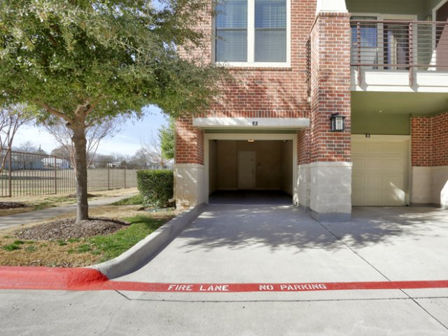 Exterior at Listing #144863