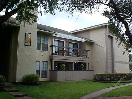 Landera Apartments