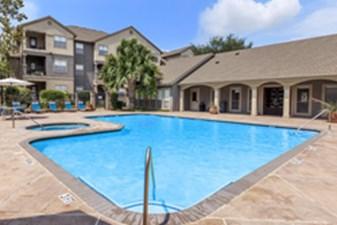 Pool at Listing #140733
