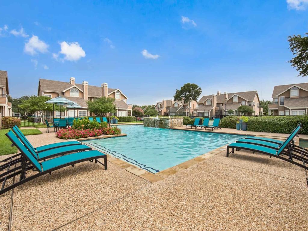 Pool at Listing #136210