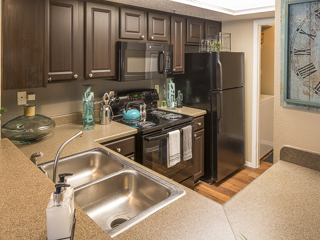 Kitchen at Listing #135848
