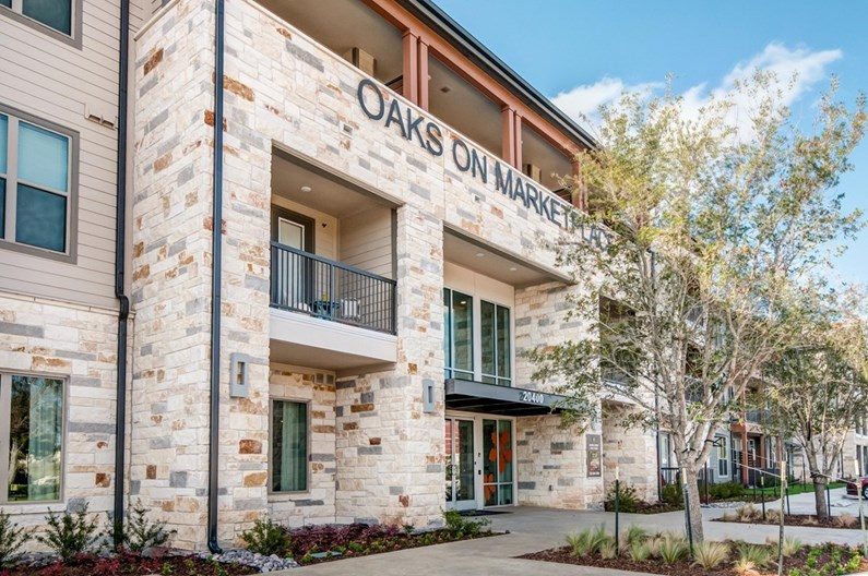 Oaks on Marketplace Apartments